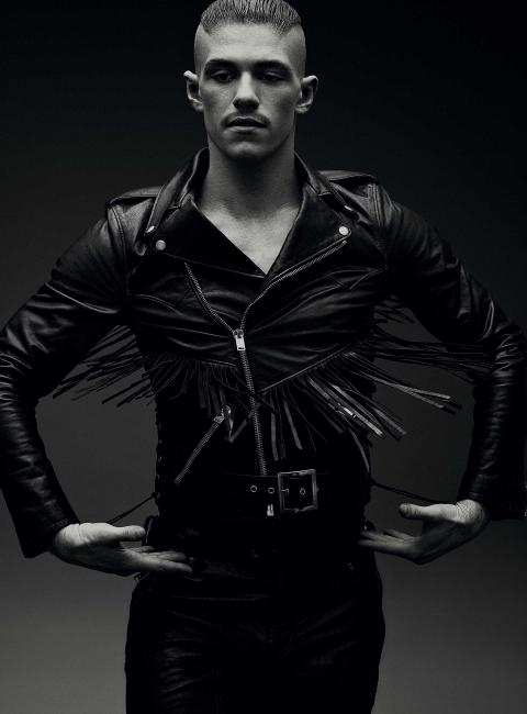 KO-PRODUCTIONS-GQ-STYLE-CHINA-THOMAS COOKSEY-IN-THE-AIR-05