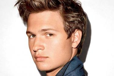 THUMB-KO-PRODUCTIONS-GQ-STYLE-ISSUE-21-TERRY RICHARDSON-ANSEL-ELGORT-COVER-02